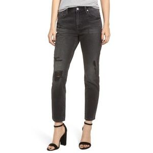 """BLANKNYC   """"The Rivington"""" Distressed Tapered Jean"""